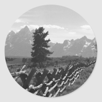 003-Grand Tetons Runt Klistermärke