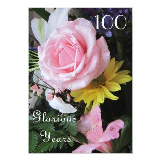 100. Födelsedagfirande! - Rosa rosbukett 12,7 X 17,8 Cm Inbjudningskort