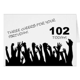 102. Födelsedagkort med bifall som vinkar crowds. Hälsningskort