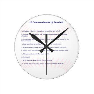 10 Commandments av baseball! Medium Rund Klocka