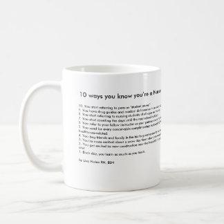 10 väg du vet att du är en sjukvårdinstruktör kaffemugg