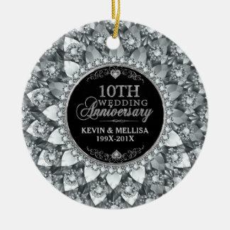 10th bröllopsdag för vitdiamanter rund julgransprydnad i keramik