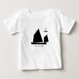 1880 pilot- Gig - tony fernandes T-shirt
