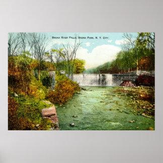 1908 parkerar Bronx River nedgångar, Bronx, New Yo Poster