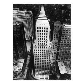 1960:  En antenn beskådar av en Chicago skyscraper Vykort