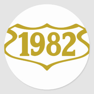 1982 shield.png runt klistermärke