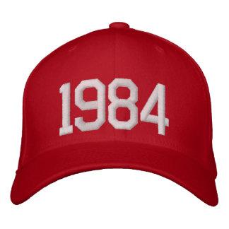 1984 år broderade kepsar
