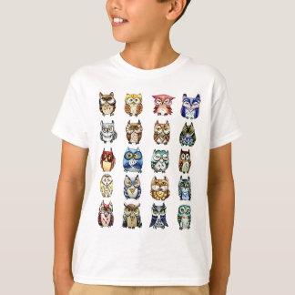 19 ugglor och 1Cat T-shirts