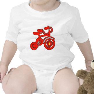 1st födelsedag för röd trehjuling body