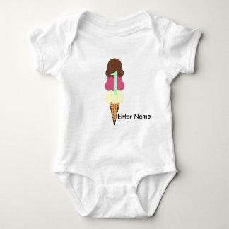 1st Födelsedag med namn T-shirts