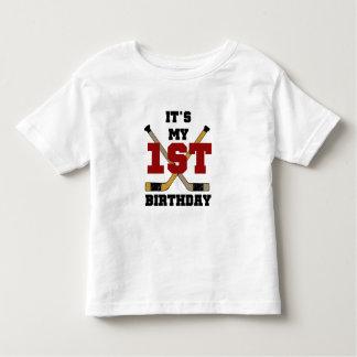 1st födelsedagTshirts och gåvor för hockey Tee Shirts