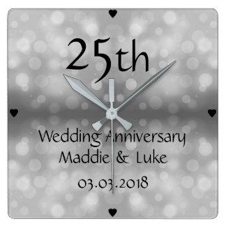 25th bröllopsdag för silverRaindrops Fyrkantig Klocka