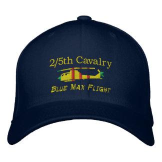 2/5. Kavalleri slösar den max broderade hatten för Broderade Kepsar