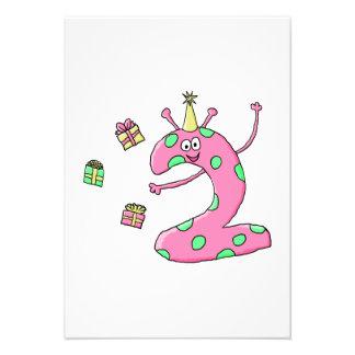 2nd födelsedagtecknad för flickor i Pink. Personliga Inbjudningskort