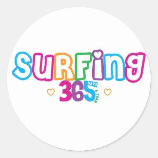 365 surfa runt klistermärke