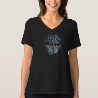 """3 svart kvinna """"för fjäril träd"""" grundläggande tshirts"""