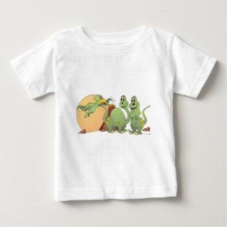 3 vänliga Dinosaurs T Shirt