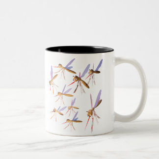 3d myggor - krypjakt Två-Tonad mugg