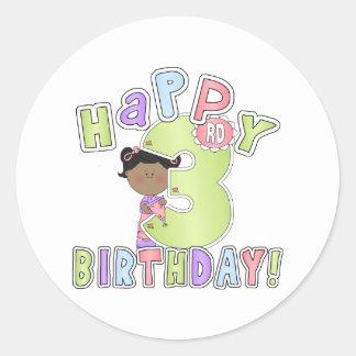 3rd födelsedag för flickalycklig, afrikansk runt klistermärke