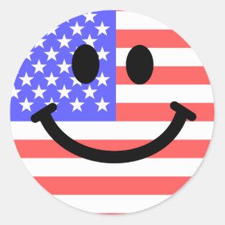 4th av Juli amerikanska flaggansmiley face Runt Klistermärke