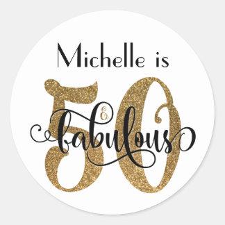 50 & sagolik guld- glittertypografifödelsedag runt klistermärke