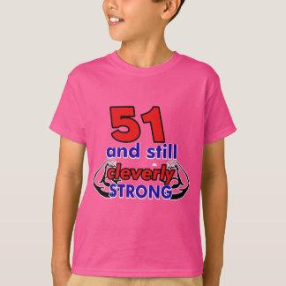 51 och stilla cleverly starkt tee
