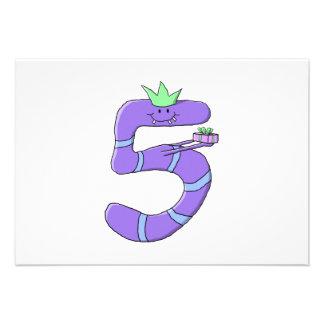 5th födelsedagCartoon. för lilor Anpassade Tillkännagivande