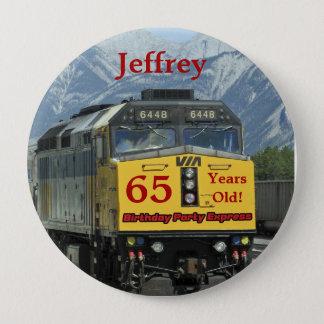 65 gammala år, järnvägtågfödelsedag knäppas stor knapp rund 10.2 cm