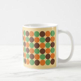 70-tal pricker den guld- brända orange skörden för kaffemugg