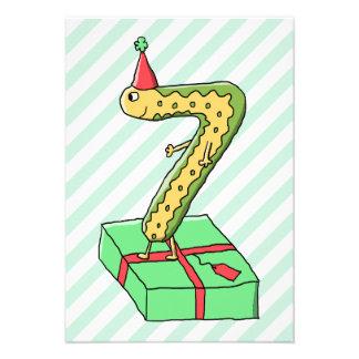 7:efödelsedagtecknad, gult och Green. Tillkännagivande