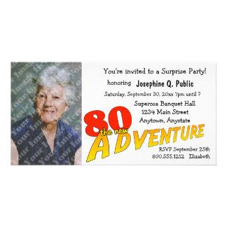 80th Inbjudan för foto för födelsedagäventyrparty Fotokort