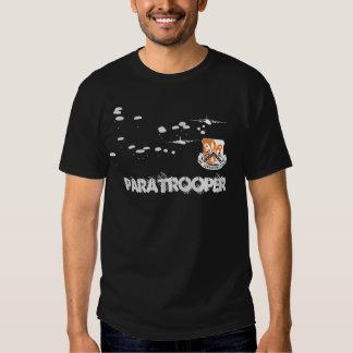 82nd Signalera skjortan för Bnfallskärmsjägare T T-shirt