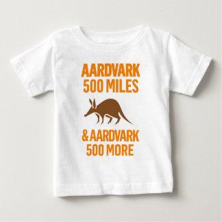 Aardvark 500 Miles rolig vits T Shirt