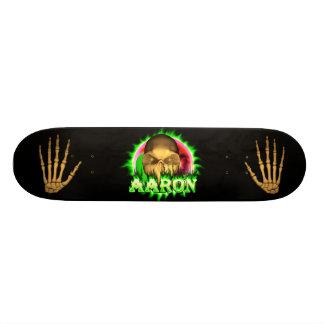 Aaron skallegrönt avfyrar den Skatersollie Mini Skateboard Bräda 18,5 Cm