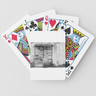 Abandoned shoppar glömd bw spelkort