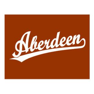 Aberdeen skrivar logotypen i vit vykort