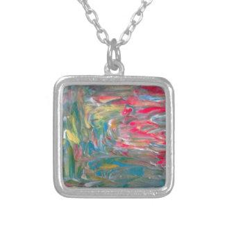 Abstrakt konst halsband med fyrkantigt hängsmycke