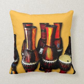 Afrikanen trummar kudde