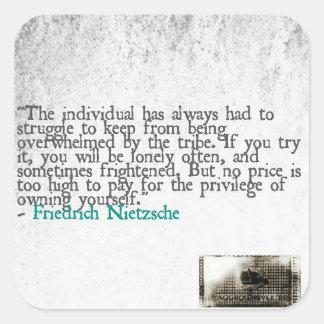 Aggro Nietzsche Fyrkantigt Klistermärke