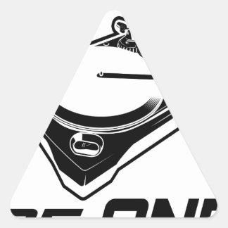 åhörare av en triangelformat klistermärke