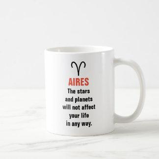 Aires horoskop - stjärnorna och planen ska inte vit mugg