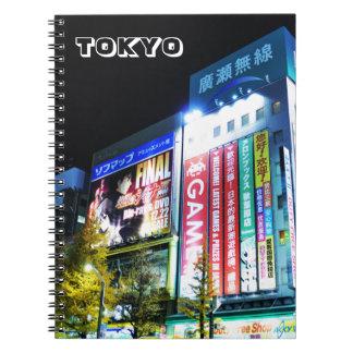 Akihabara (elektrisk stad) i Tokyo, Japan Anteckningsbok Med Spiral