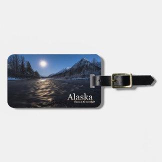 Alaska dans i månsken bagagebricka