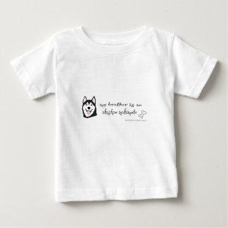 alaskabo malamute - mer föder upp t-shirts