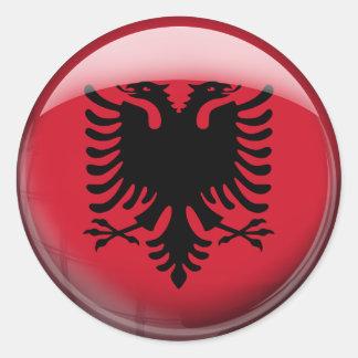 Albanien flagga runt klistermärke