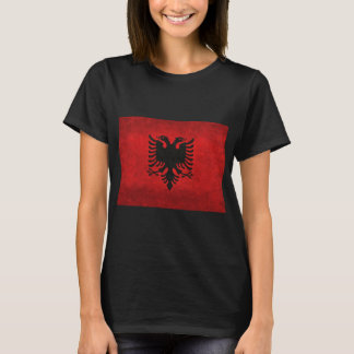 Albanien flagga Traited med Grungy Retro vintage Tee