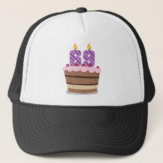 Ålder 69 på födelsedagtårtan truckerkeps