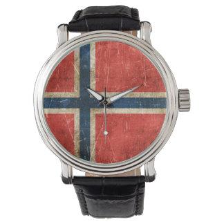 Åldras och skrapad flagga för vintage av norgen armbandsur