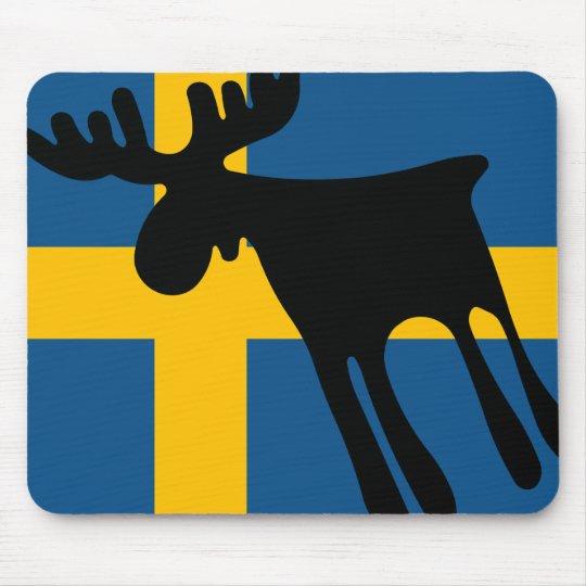Älg / Moose med Svenska flaggan Musmatta