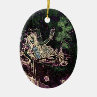 Alice dricker Absinthe nu Julgransprydnad Keramik